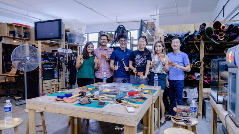 hides-and-thread-private-leathercrafting-workshop-16